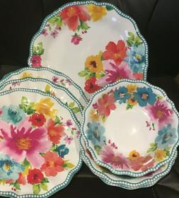 The Pioneer Woman 100% Melamine Indoor / Outdoor Dinnerware