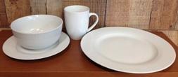 AmazonBasics 16-Piece Dinner Plate Set - New Open Box