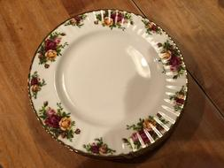 4 Royal Albert Old Country Roses Dinner Plates England