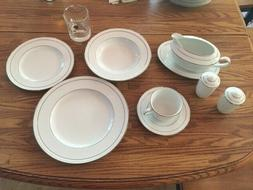 Noritake 4062 White Scapes STONELEIGH 5-Piece Place Setting