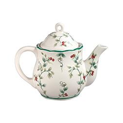 Pfaltzgraff Winterberry Sculpted 4-Cup Teapot
