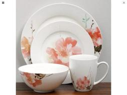 Oneida Amore wild rose 16-piece dinnerware Set Service for 4
