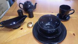 10 Strawberry Street Black NOVA Dinnerware Set 45 piece Serv