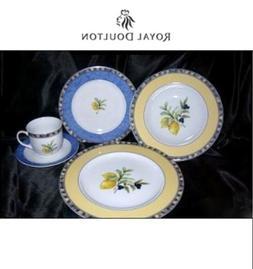 Royal Doulton Carmina Cucina Fine Porcelain 5 Piece Place Se