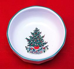"Pfaltzgraff Christmas Heritage 4 7/8"" Fruit and Dessert Bowl"