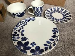 Noritake Colorwave - Four Piece Square Place Setting in Grap