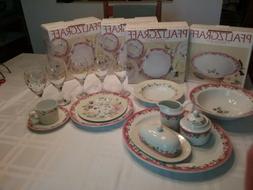 Pfaltzgraff Grandma's Kitchen 4 Place Settings, Platter, Bow