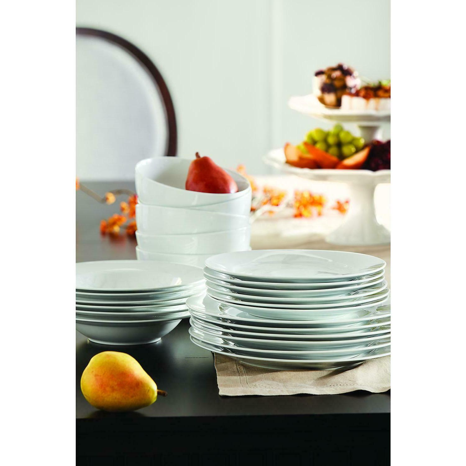 24 piece 100 percent porcelain dinnerware set