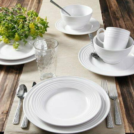 Gibson 32-Piece White Soft Square Dinnerware Set Modern Shap