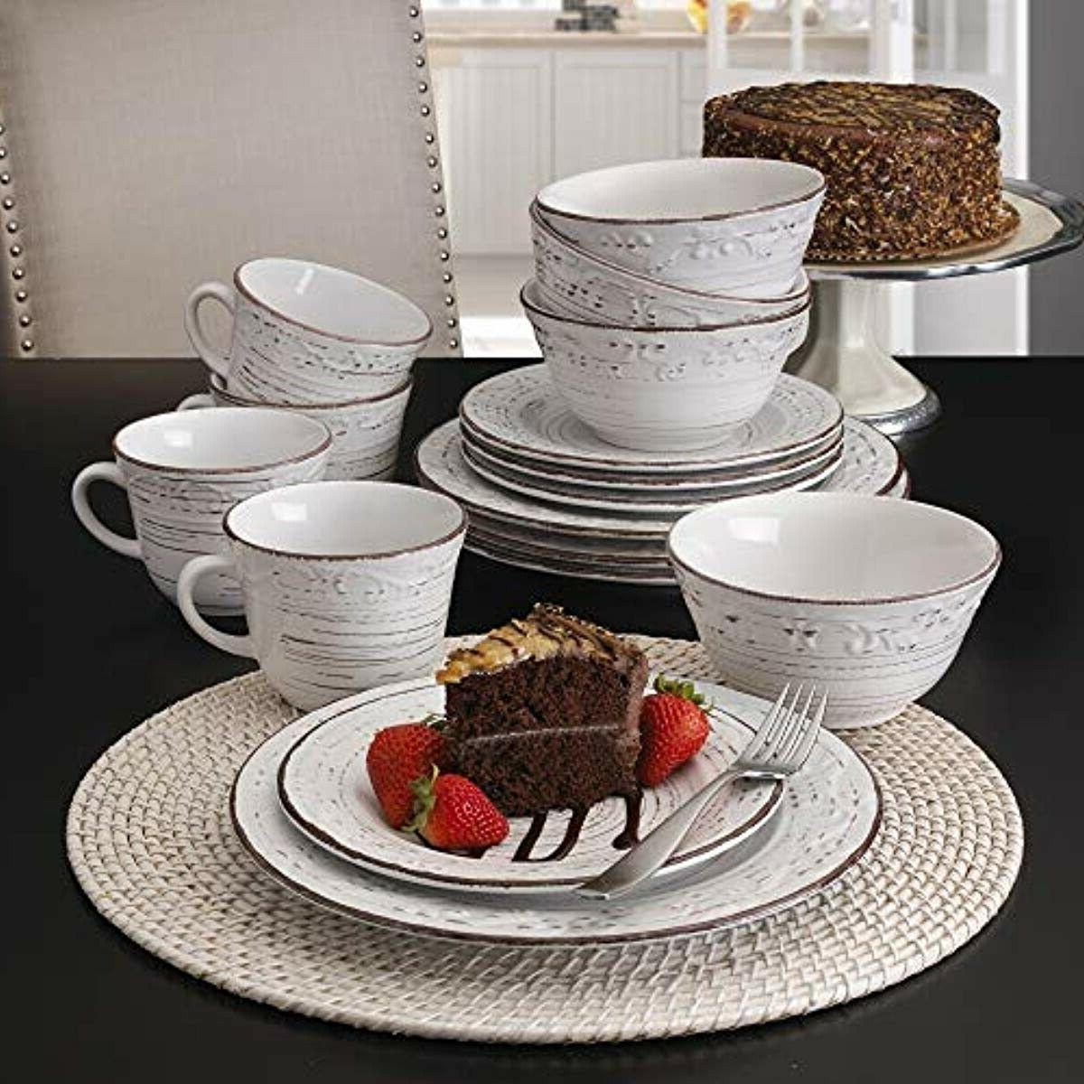 Pfaltzgraff 16-Piece Dinnerware Service for