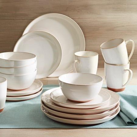 claybrooke dinnerware set
