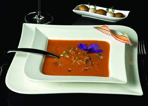 Fortessa Superwhite Vitrified China Dinnerware, Place Setting, Service 4