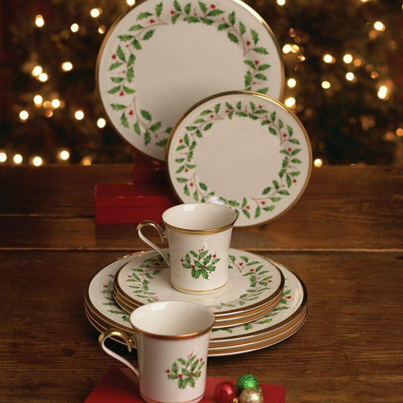 Holiday 12 Set, for 4