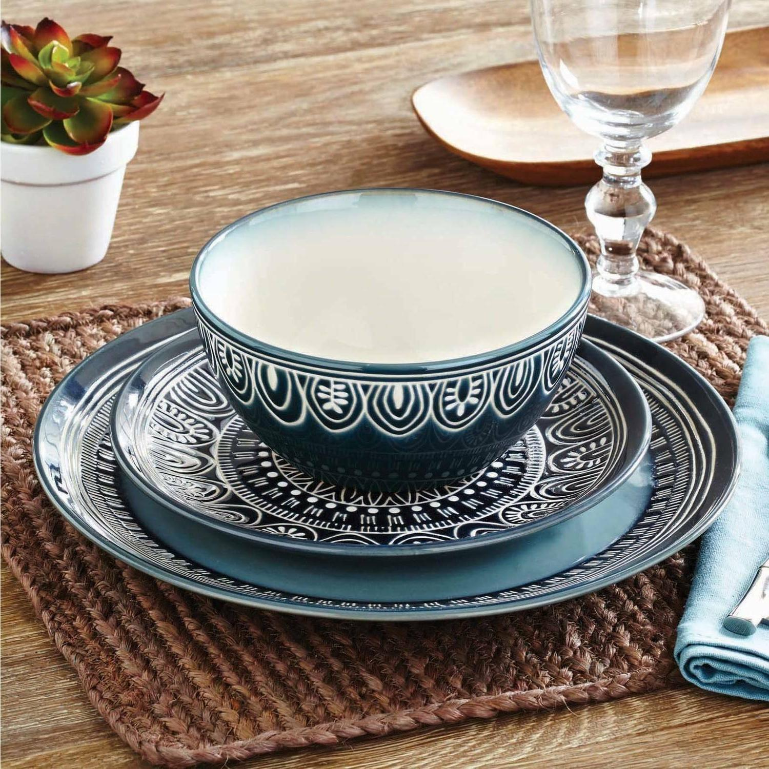 Dinnerware and Gardens Teal Twelve Medallion Set