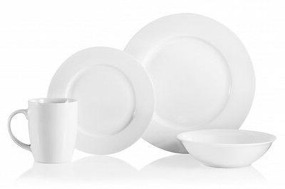 Oneida Naturally White 16 Piece Porcelain Dinnerware Set  D1