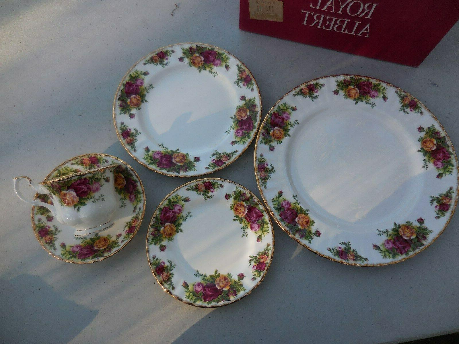 Royal ROSES Dinnerware Place