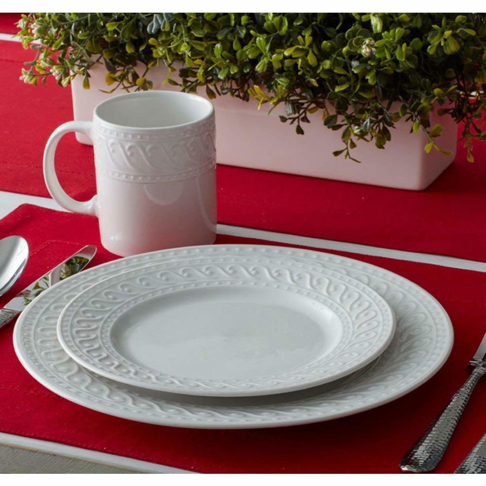 Pfaltzgraff Sylvia 32 Piece Dinnerware Set, Service for 8 Wh