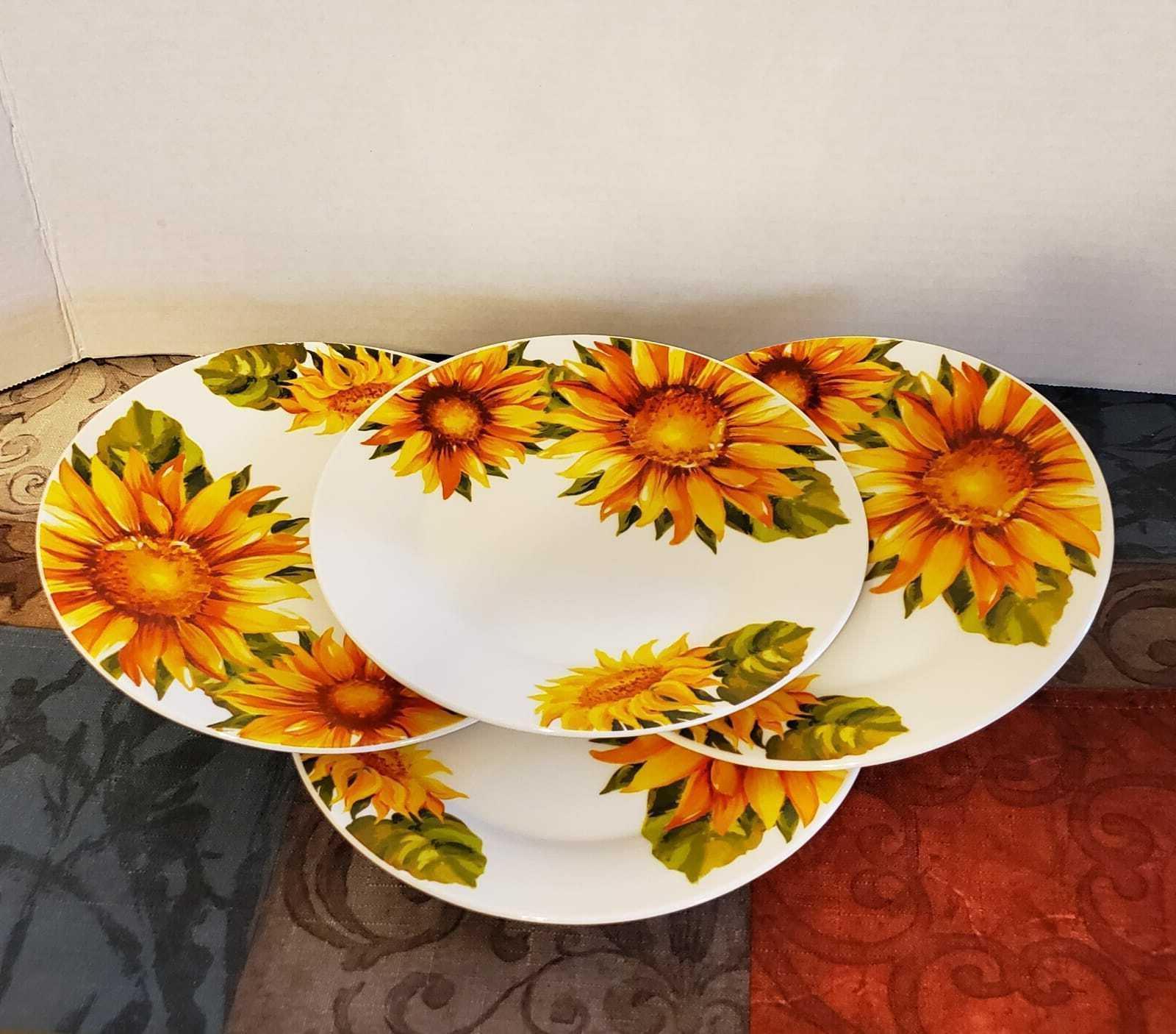 Sunflower Royal Norfolk Home Set 16- Piece
