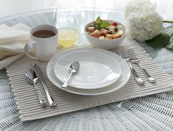 Oneida Moda, Porcelain Dinnerware 16 Piece Set D190916