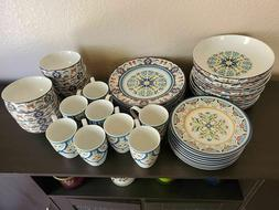 New 222 Fifth Tunisia 40 pc  Porcelain Dinnerware Set for 8