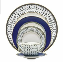 New Wedgwood Renaissance Gold 5-Piece Place Setting