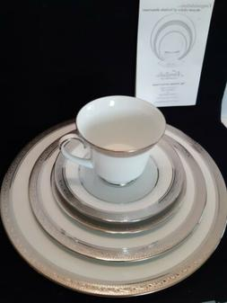 Noritake Dinnerware Set 1 Complete Placement 2 Available Whi