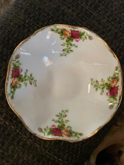 Royal Albert Old Bone China Country Roses Footed Dessert Dis