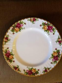 Royal Albert Old Country Roses Dinner Plate New with sticker