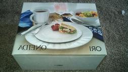 Oneida ORI D185916 16-Pc. Porcelain Dinnerware Set, Service