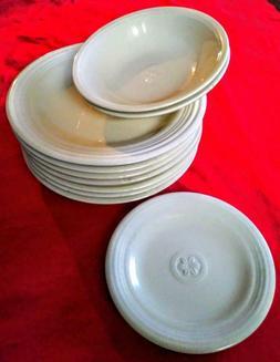 Petals Oneida cream gardenia dinnerware set