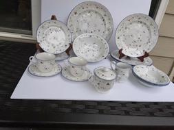 Rare Dinnerware Set Adelaide 20 Pc  Porcelain Blue White For