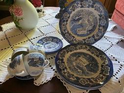 Royal Warwick Lochs of Scotland Loch Duich 4 sets Plates/sau