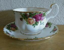 Vintage Royal Albert Old Country Roses Tea Cup & Saucer Set