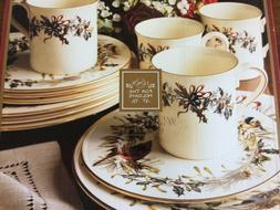 Winter Greetings® 12-piece Dinnerware Set by Lenox
